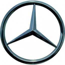 Logo grille of the Mercedes ML W163