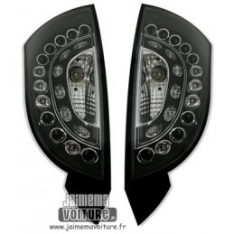 Black Ford Focus taillights